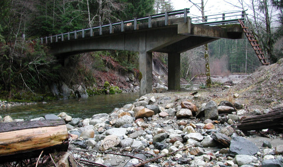 The previous section of bridge at Downey Creek.